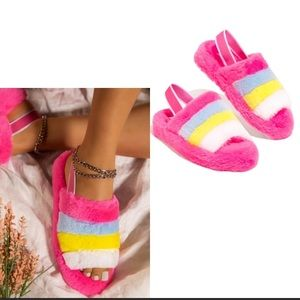 Faux Fur slipper sandals / elastic strap in back